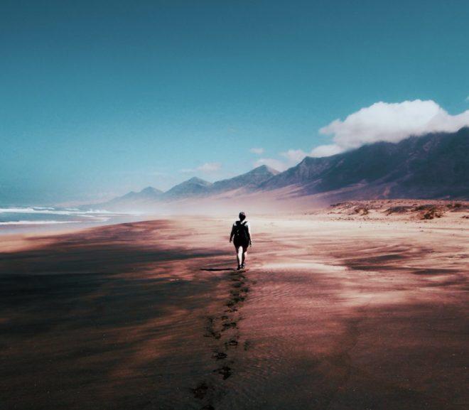 Je me sens seul(e) : Comment éviter l'isolement en couple à Distance ?