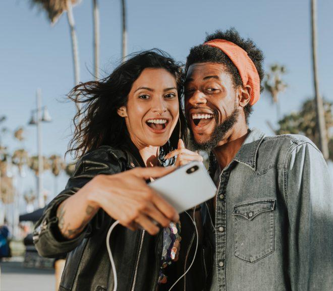 Première rencontre d'une relation virtuelle