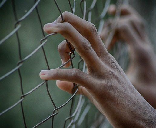 Mon copain/ma copine est en prison : comment tenir ?